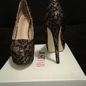 "Beige & Black Lace 5"" Platform Heels Size 6 1/2"